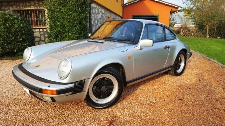 (Italiano) Porsche 911 anno 1986
