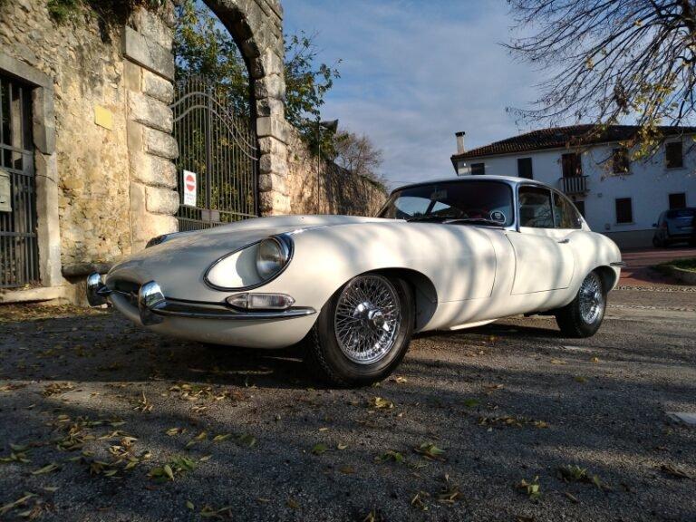 (Italiano) Jaguar E serie 1 1/2